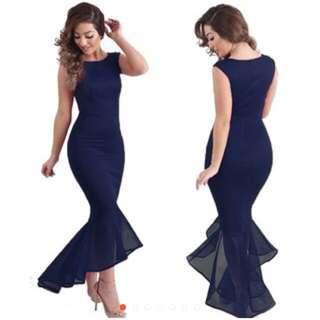 Dress fishtails