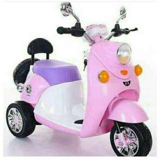 Mainan Motor Aki Scoopy