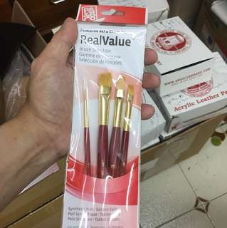 PRINCETON PAINT BRUSH SET