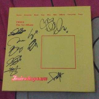 TWICE - TWICETAGRAM ( The 1st Album ) Signed By All Members ( Original )