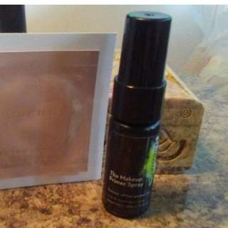 SKINDINAVIA THE MAKEUP PRIMER SPRAY OIL CONTROL Travel Size 20ml Brand New & Authentic (NO OFFERS)