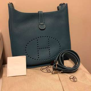 💯 % authentic Hermes Evelyne GM
