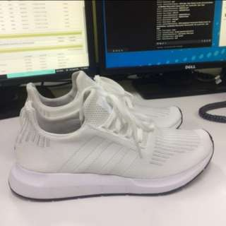 Adidas Swift Run rubber shoes
