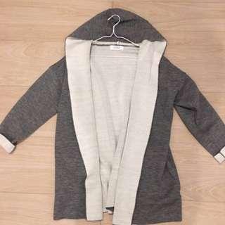 日本品牌Lowrys Farm 灰色女裝衫 Size Medium Grey Knit Jacket Coat 秋冬季