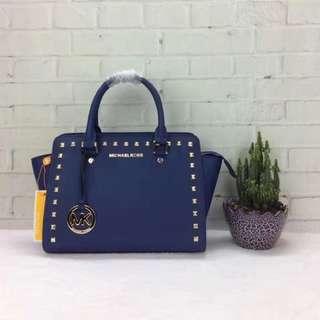 MK女生包包