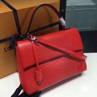LV 包包水波紋 CLUNY MM 中號手袋M41301  Epi紅色