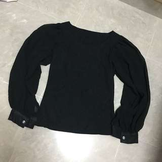 細碼泡泡袖黑色衫 Black Top S Size