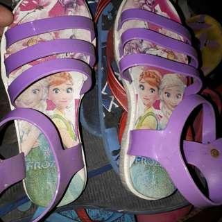 Frozen sandals size 32 kids