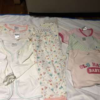 Assorted pyjamas long/short sleeves 0-12 months