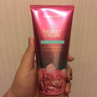 victoria's secret body lotion 'secret crush' peony&peach blossom