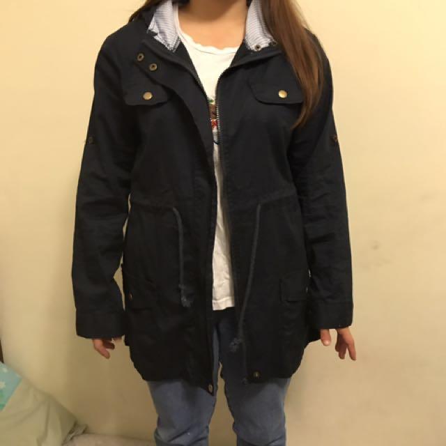 深藍長版外套