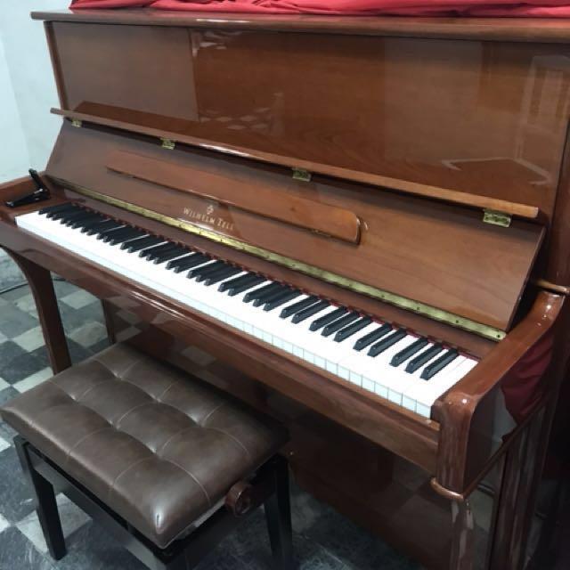 小岡樂器嚴選瑞士鋼琴 1號