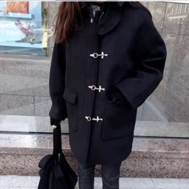正韓 官網 黑色毛呢鐵扣牛角 大衣外套