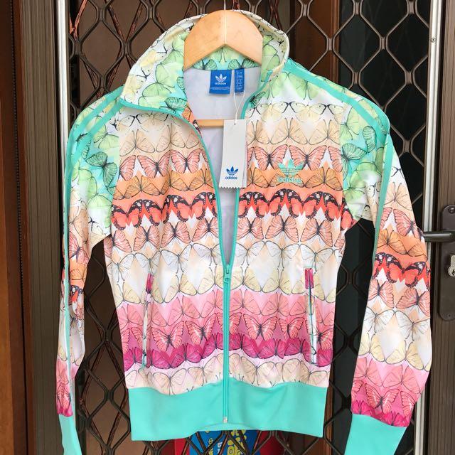 Adidas original jacket size M