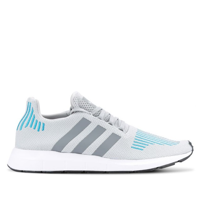 ⭐Adidas originals swift run shoe