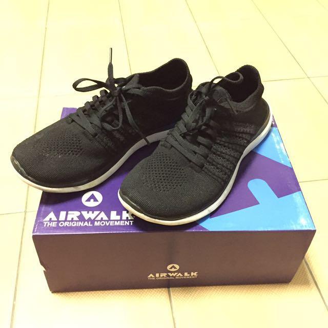 Airwalk 慢跑鞋