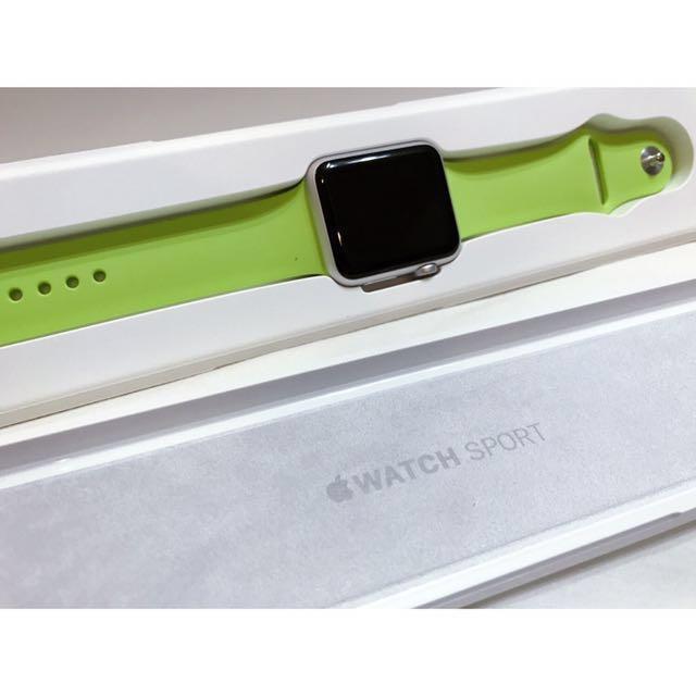 Apple Watch 42mm Sil Al Green Sport                                          銀色鋁金屬/綠色運動錶帶                                                      [MJ3P2TA/A]全新轉售