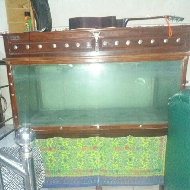 Aquarium kayu jati