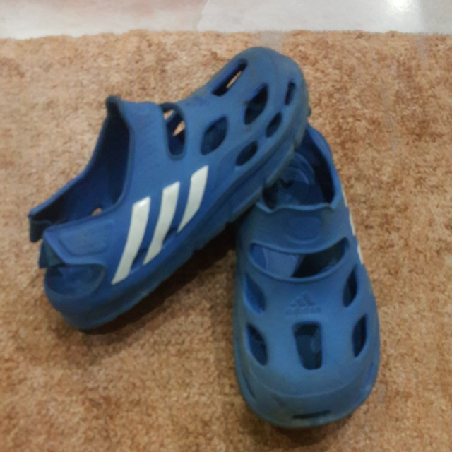 Authentic adidas slipper shoes