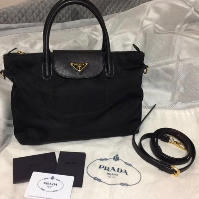 4aa5ca4d0002 sweden authentic prada shopping tote bn2106 nero luxury bags wallets on  carousell c04b8 8ca10