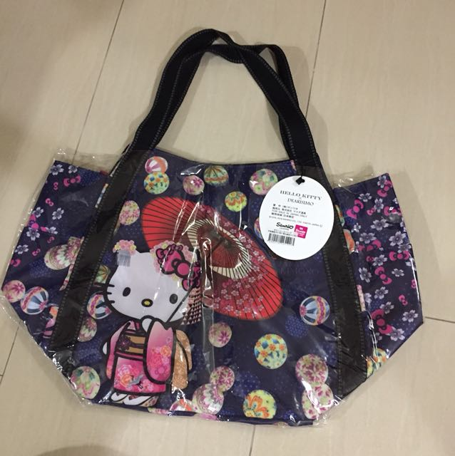 badda9dae2e4 Authentic Sanrio hello kitty bag from Japan