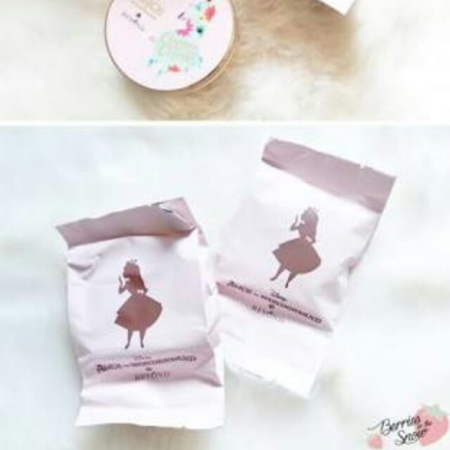 BEYOND Alice in Blloming Snow Cushion (REFILL)