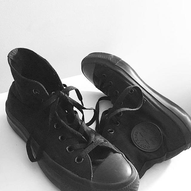 Black converse high top shoes