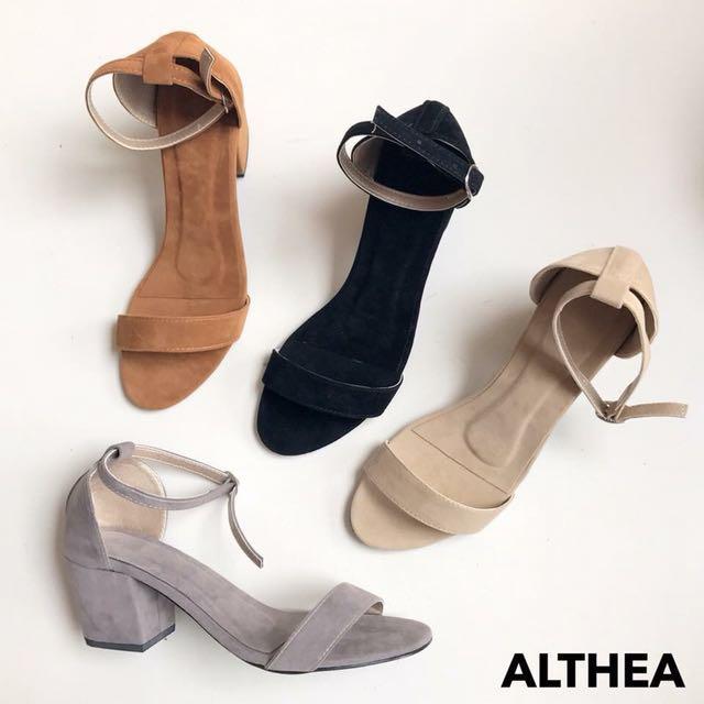 Block heels *PRE ORDER*