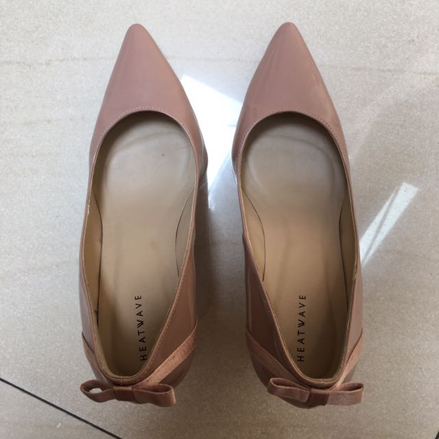 Blush heels heatwave