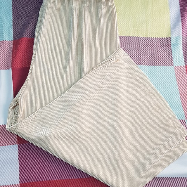 Blush Pink Pleated Culottes