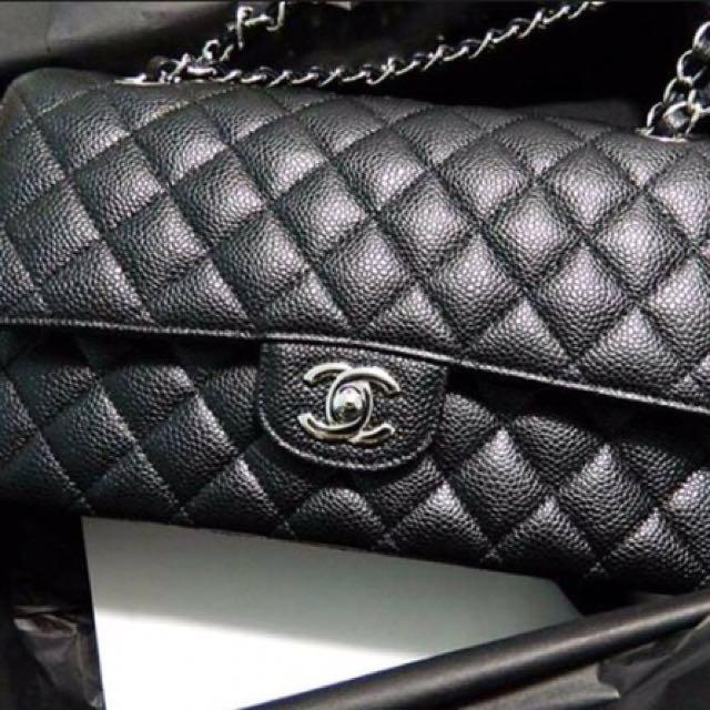 43f0d6ef74bad5 BNIB Chanel Medium Classic Flap in Black Caviar with Silver Hardware ...