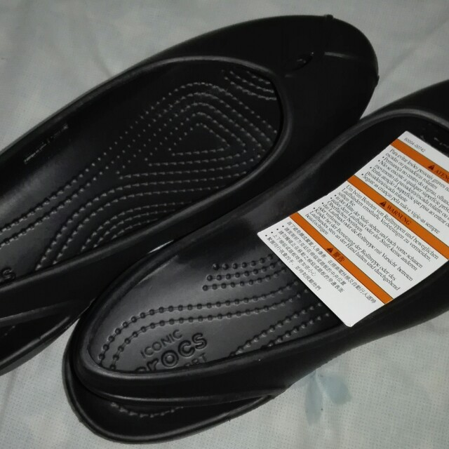 Brand New Black Women's Crocs Iconic Shoes Size W8