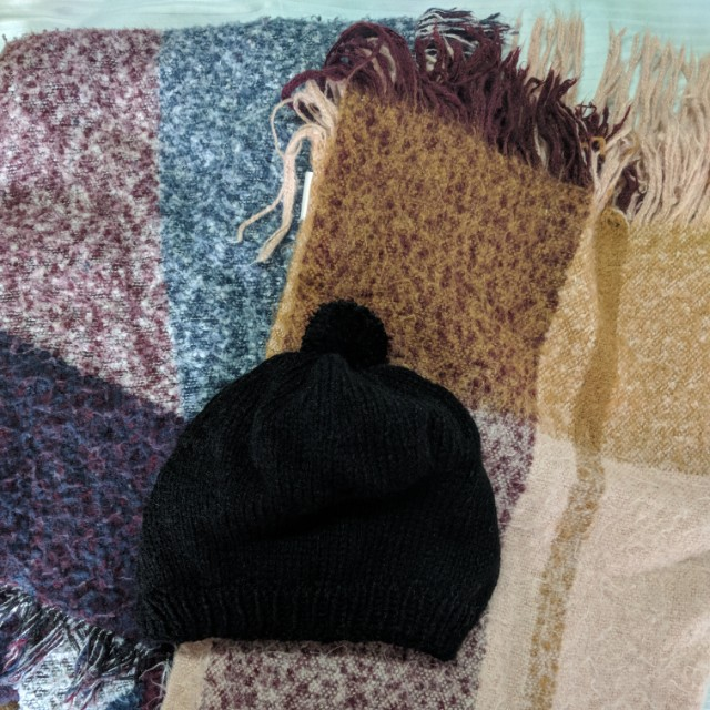 Bundle of 2 Scarves (H&M) and one vintage thrifted Beanie.