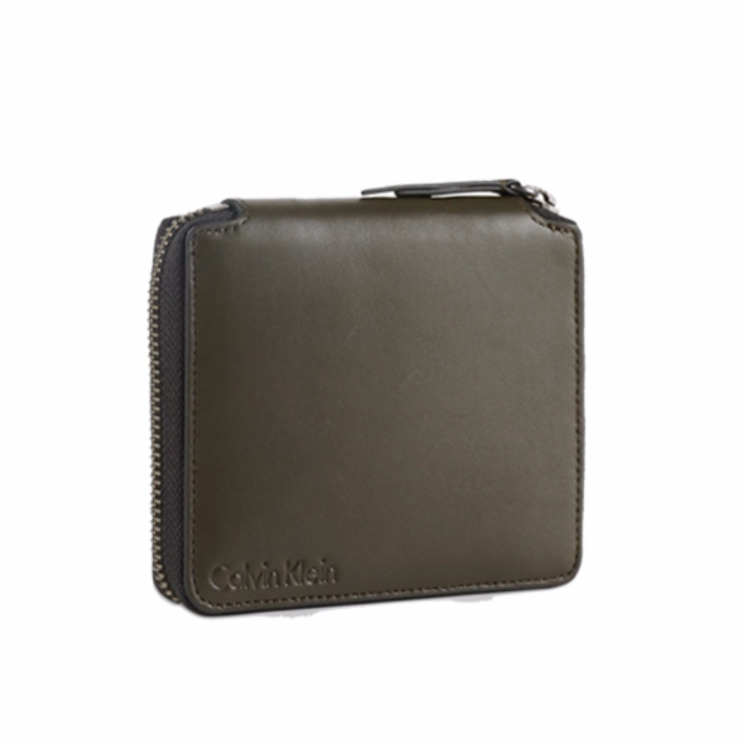 38d19959f5eef Calvin Klein Jeans Modern Logoi Square Zip Wallet Cargo