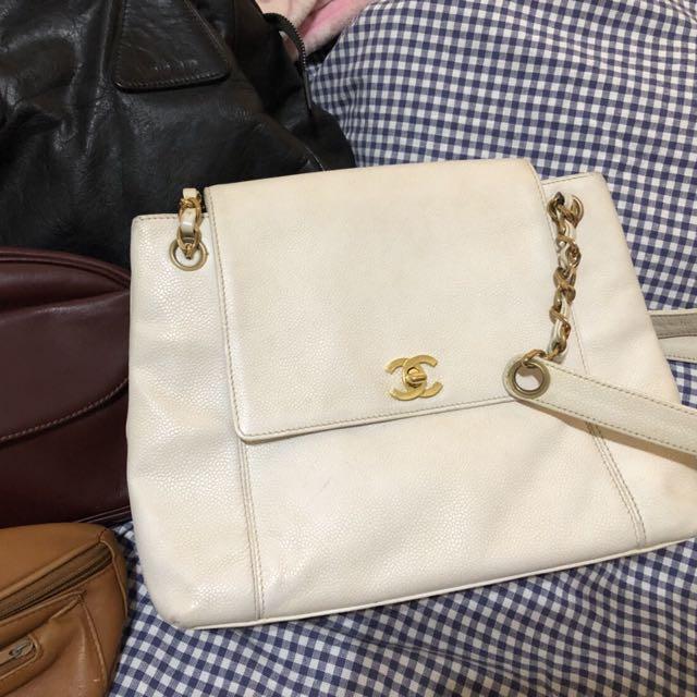 白色荔枝皮chanel包
