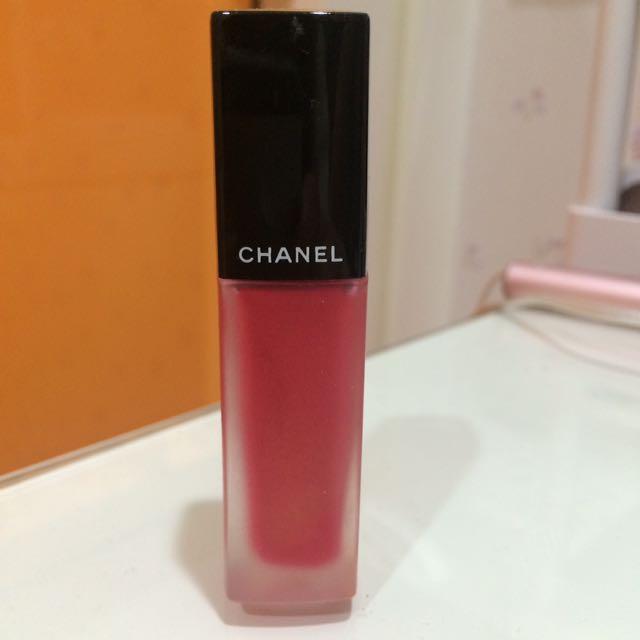 Chanel 超炫耀絲絨唇露 146號