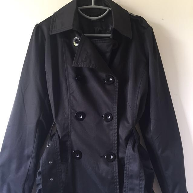 Chicabooti Over-Coat