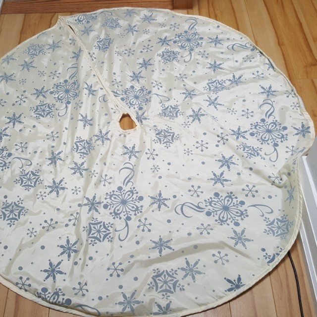 Christmas Tree Skirt !