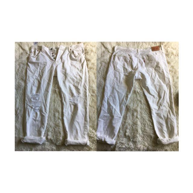 Distresed Boyfriend jeans