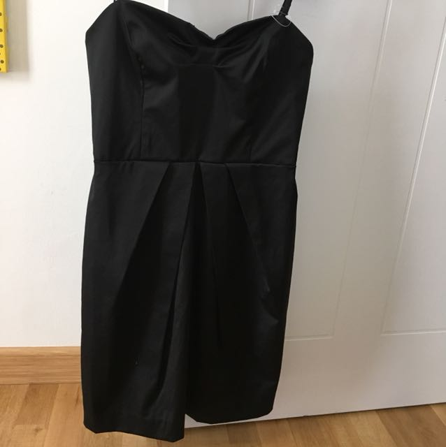 Dress hitam mango