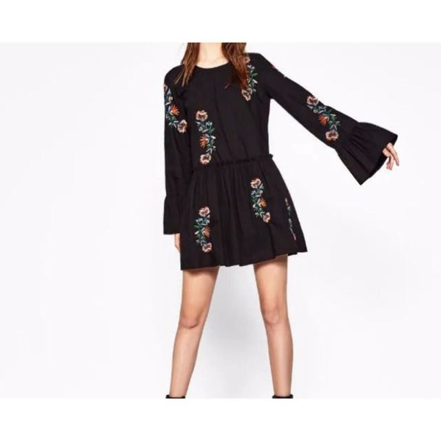 Embroidered trendy dress