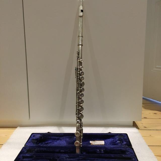 Flute + song books