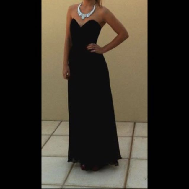 Formal strapless maxi dress, size 6-8