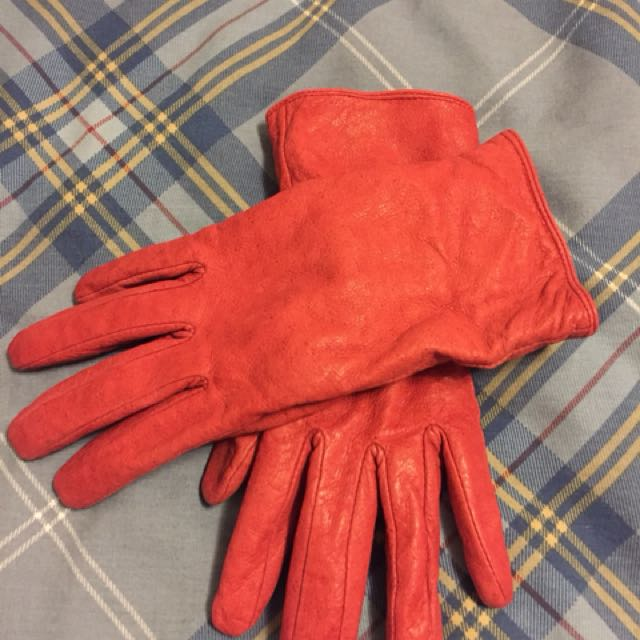Genuine leather gloves by Jacob