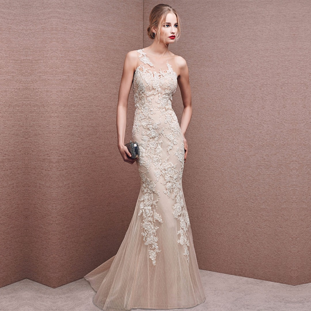 Gown Collection - Slim Fit Cutting Tight Body Design Evening Gown