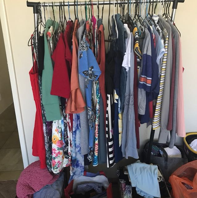 Heaps of clothes for sale!!