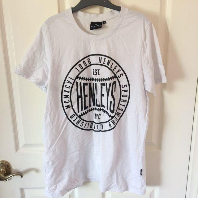 Henleys Tshirt