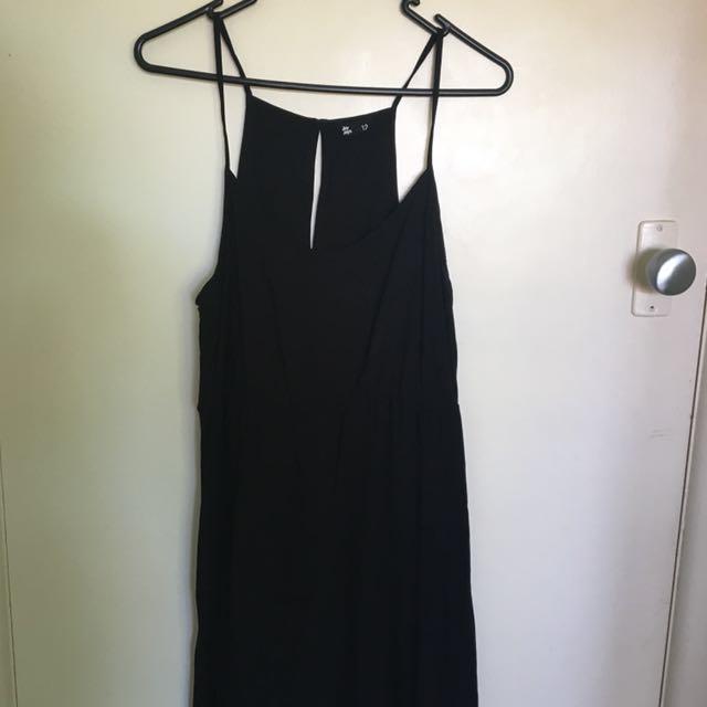 JAYJAYS Black Maxi Dress