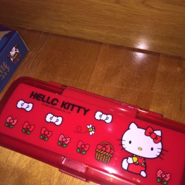 Kitty 梳子鏡子 筆盒