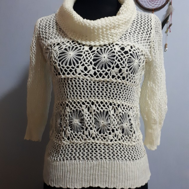 Knit Pull Over